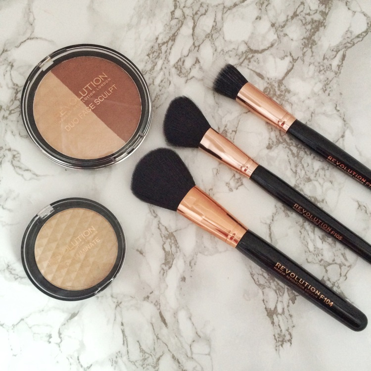 Makeup Revolution ultra professional duo face sculpt and illuminate collection set