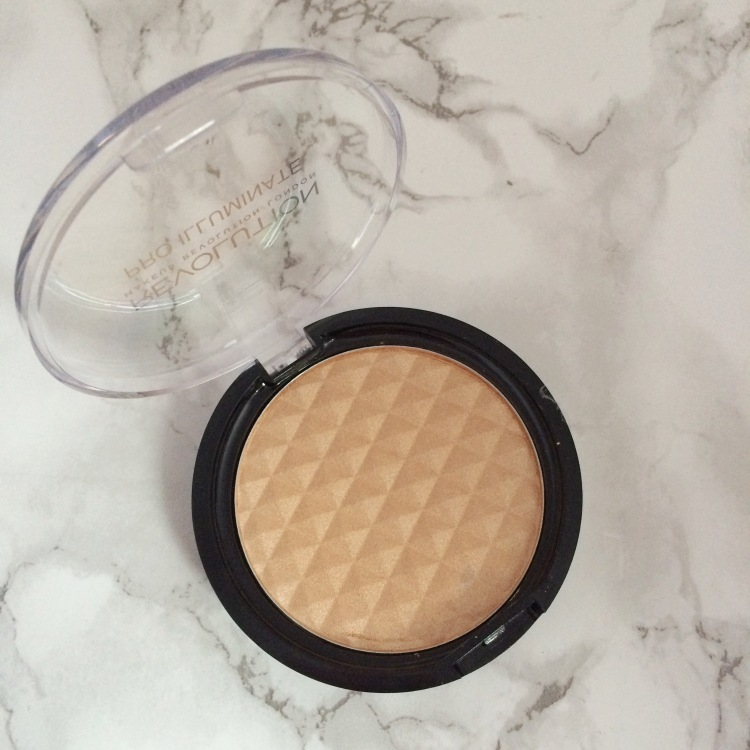 Makeup Revolution ultra professional duo face sculpt and illuminate