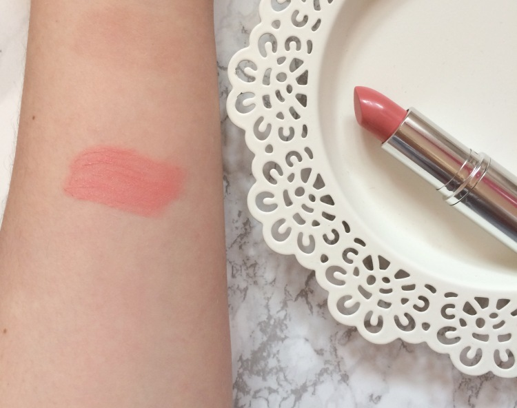 crowd colour personalised lipstick swatch.jpg