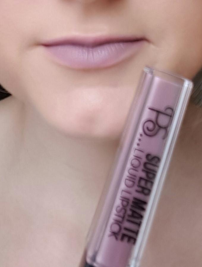 primark liquid lipsticks 07 kendall swatch.jpg