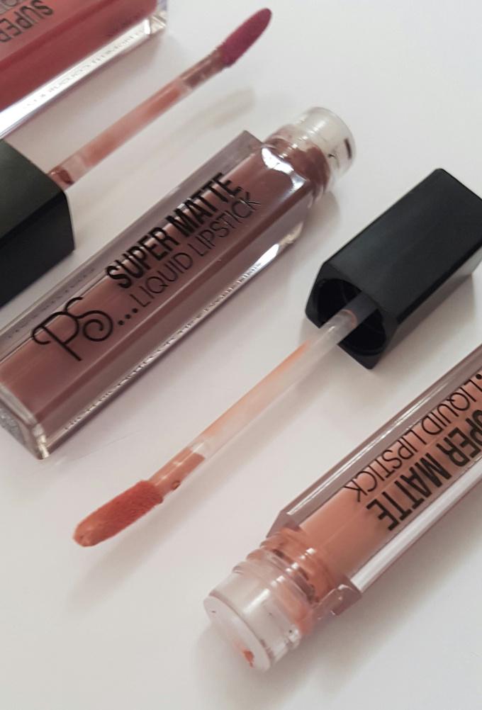 primark-liquid-lipsticks-applicatoe