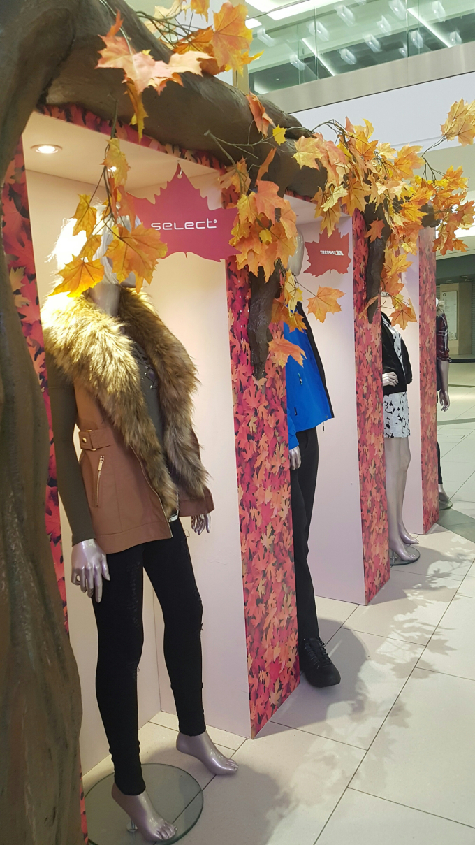 select at intu victoria centre fashion event.jpg