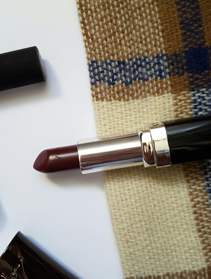 autumn lip edit avon.jpg