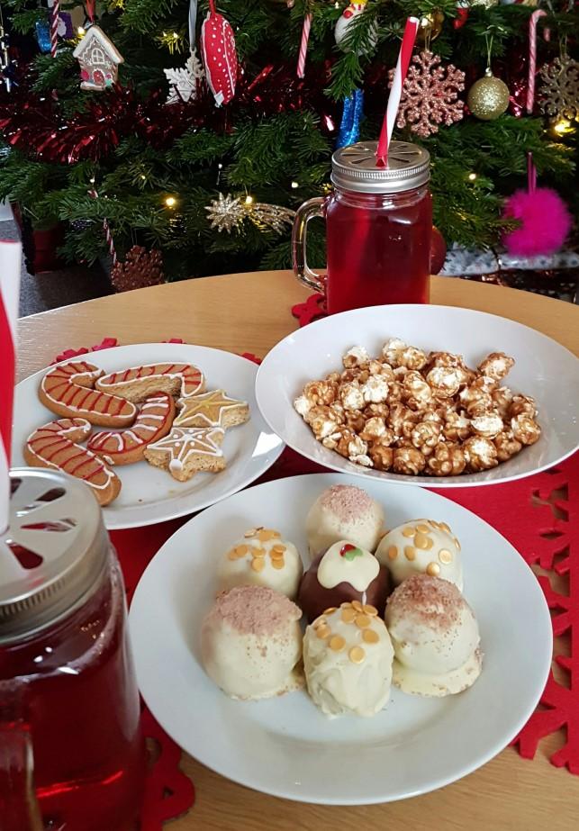 festive baking (2).jpg