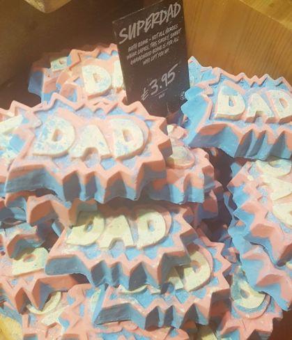 Lush Fathers Day Super Dad Bath Bomb