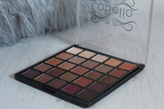 Cabella Spice Berry Eye Shadow Palette.jpg