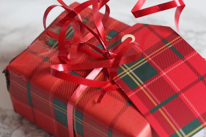 Secret Santa Wrapping